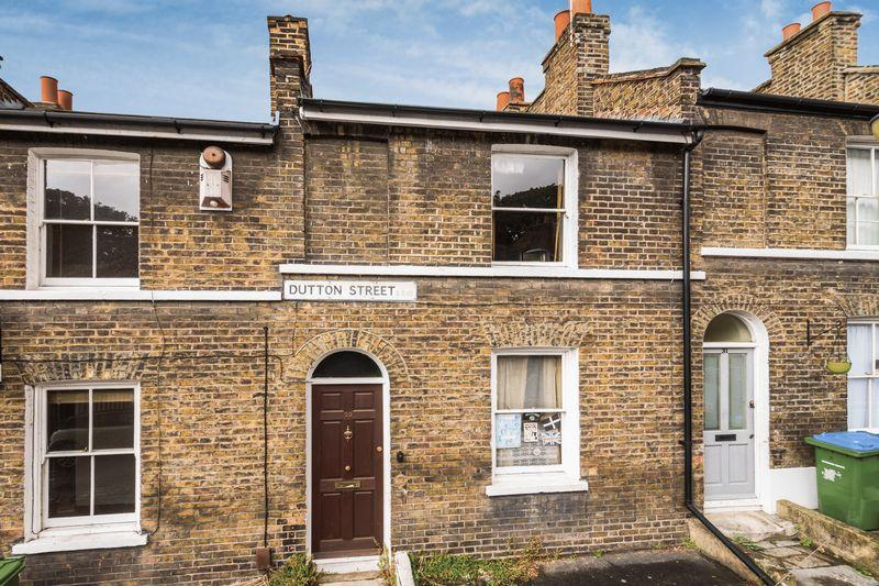 2 Bedrooms Terraced House for sale in Dutton Street, Greenwich