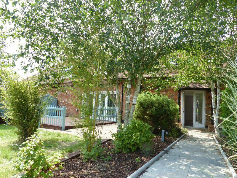 3 Bedrooms House for sale in Wheeler End