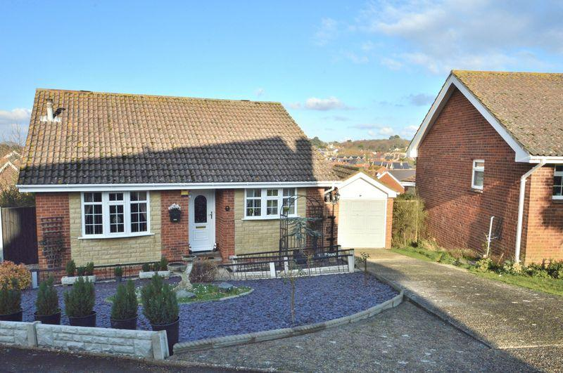 2 Bedrooms Detached Bungalow for sale in TOTLAND