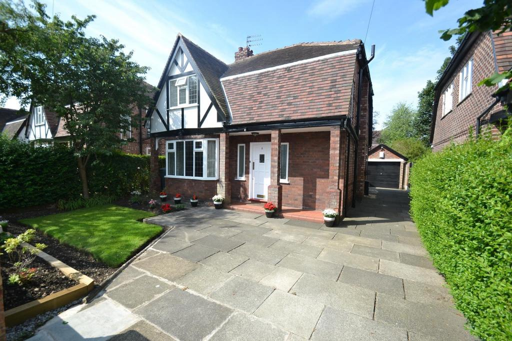 4 Bedrooms Detached House for sale in Penrith Avenue, Sale