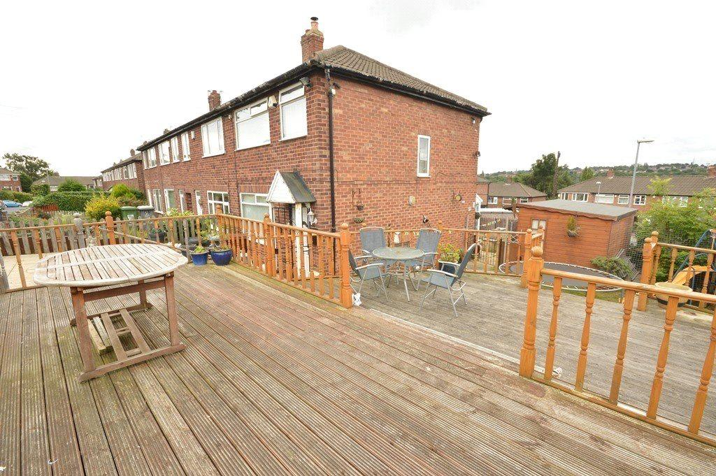 3 Bedrooms Terraced House for sale in Vesper Way, Kirkstall, Leeds