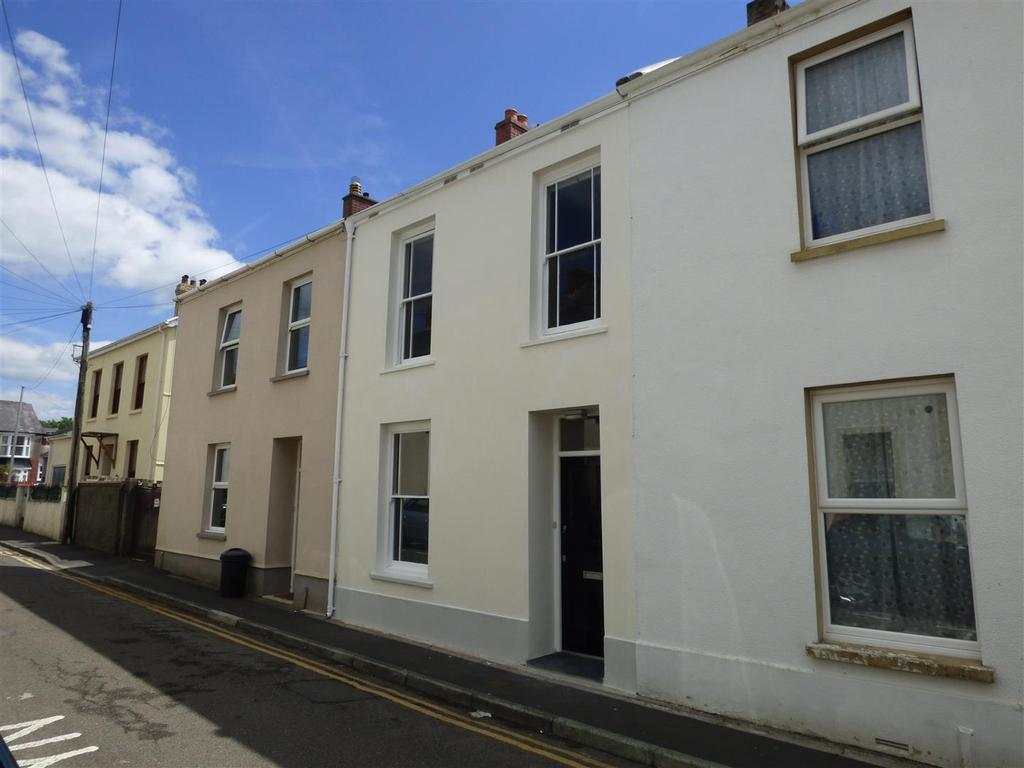 4 Bedrooms Terraced House for sale in Tabernacle Terrace, Carmarthen