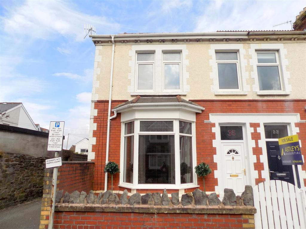 4 Bedrooms End Of Terrace House for sale in Ena Avenue, Neath