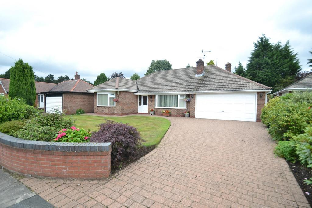 3 Bedrooms Detached Bungalow for sale in Reading Drive, Sale