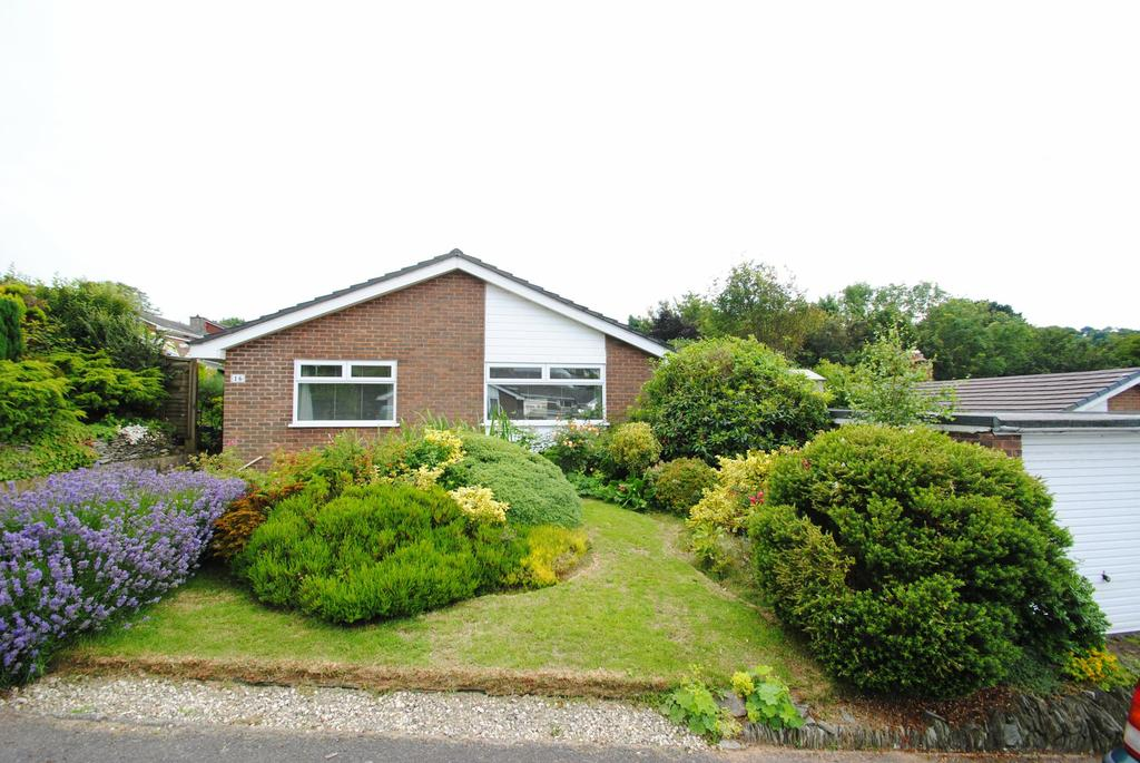 3 Bedrooms Bungalow for sale in Doone Way, Ilfracombe