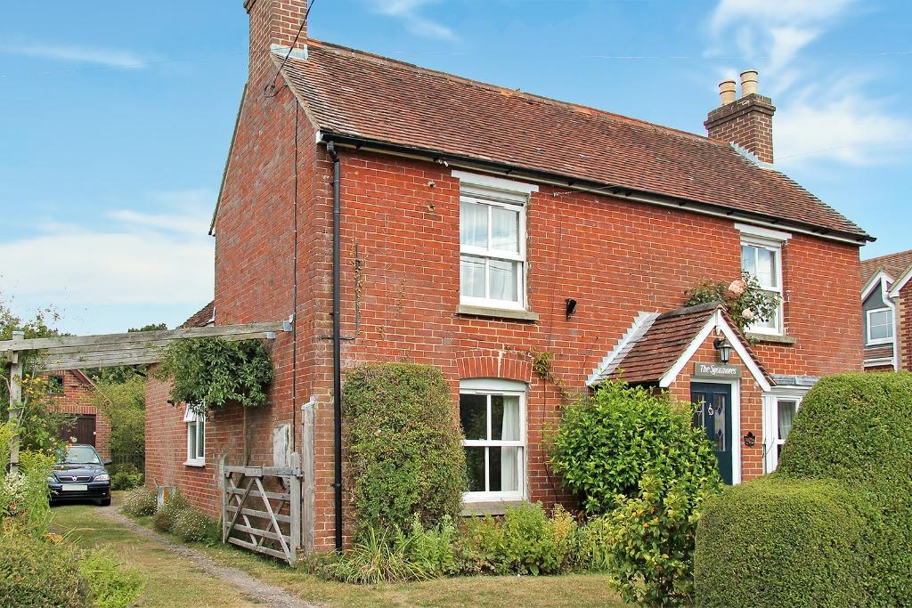4 Bedrooms Detached House for sale in New Road, Swanmore