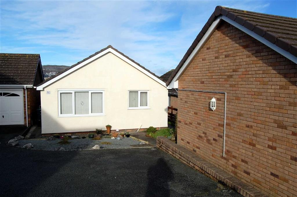 1 Bedroom Detached Bungalow for sale in Maenan Road, Llandudno, Conwy