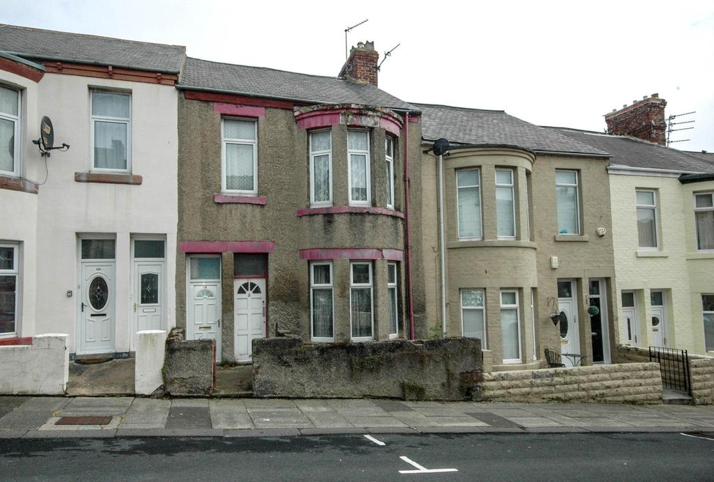 2 Bedrooms Flat for sale in Henry Nelson Street, South Shields