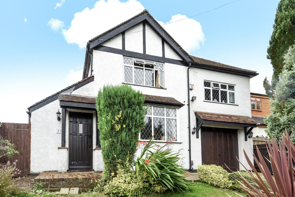 4 Bedrooms Detached House for sale in Marion Crescent Orpington BR5