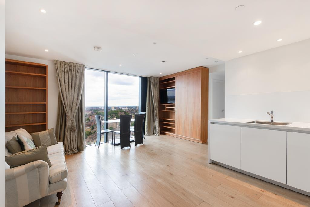2 Bedrooms Flat for sale in 8 Walworth Road, Elephant and Castle, London