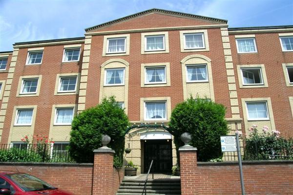 1 Bedroom Apartment Flat for sale in Hengist Court, Marsham Street, Maidstone