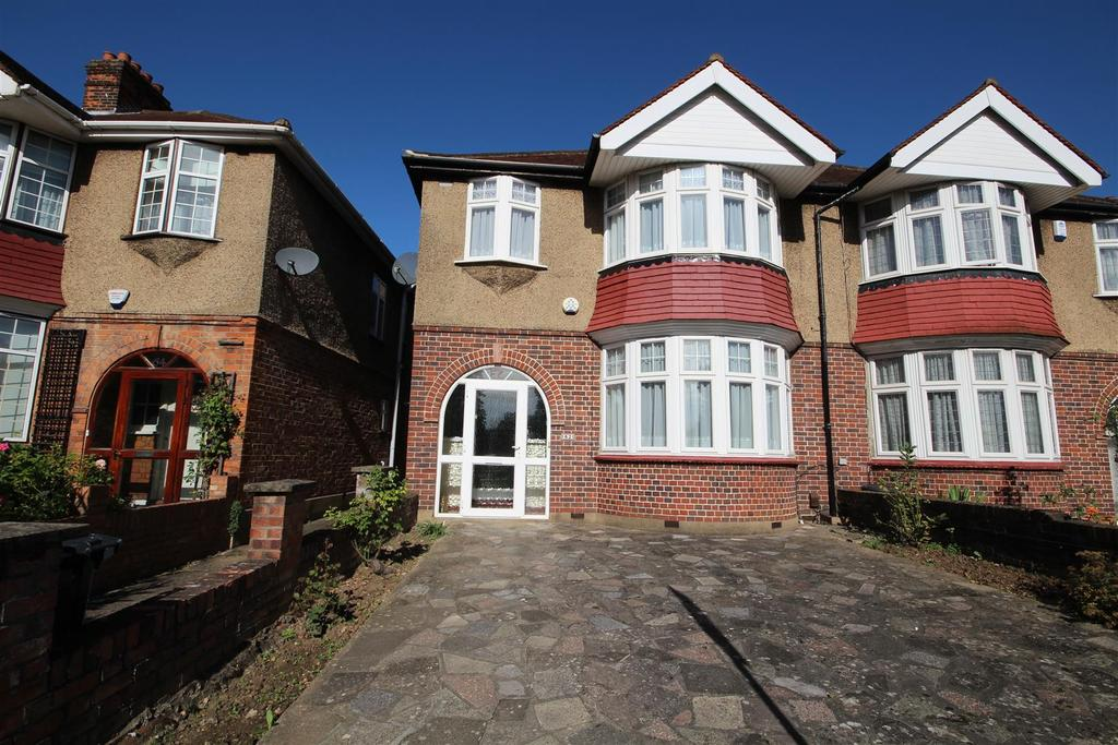 3 Bedrooms Semi Detached House for sale in East Acton Lane, Acton W3
