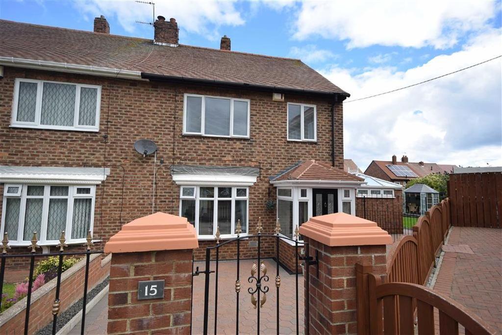 3 Bedrooms Semi Detached House for sale in Deneside, South Shields