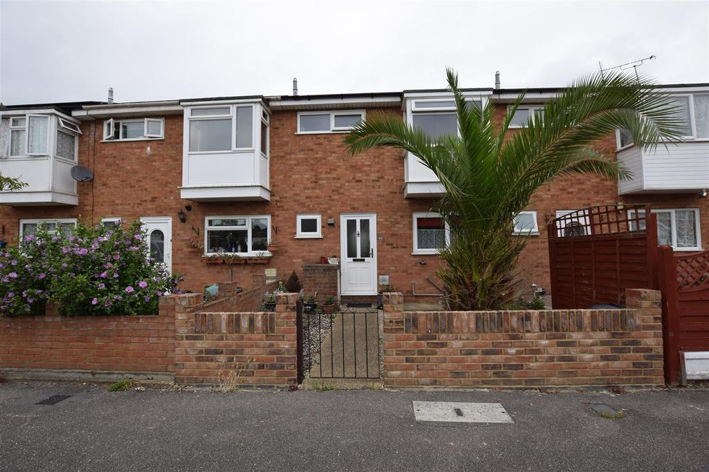 3 Bedrooms House for sale in Harvest Road, Canvey Island