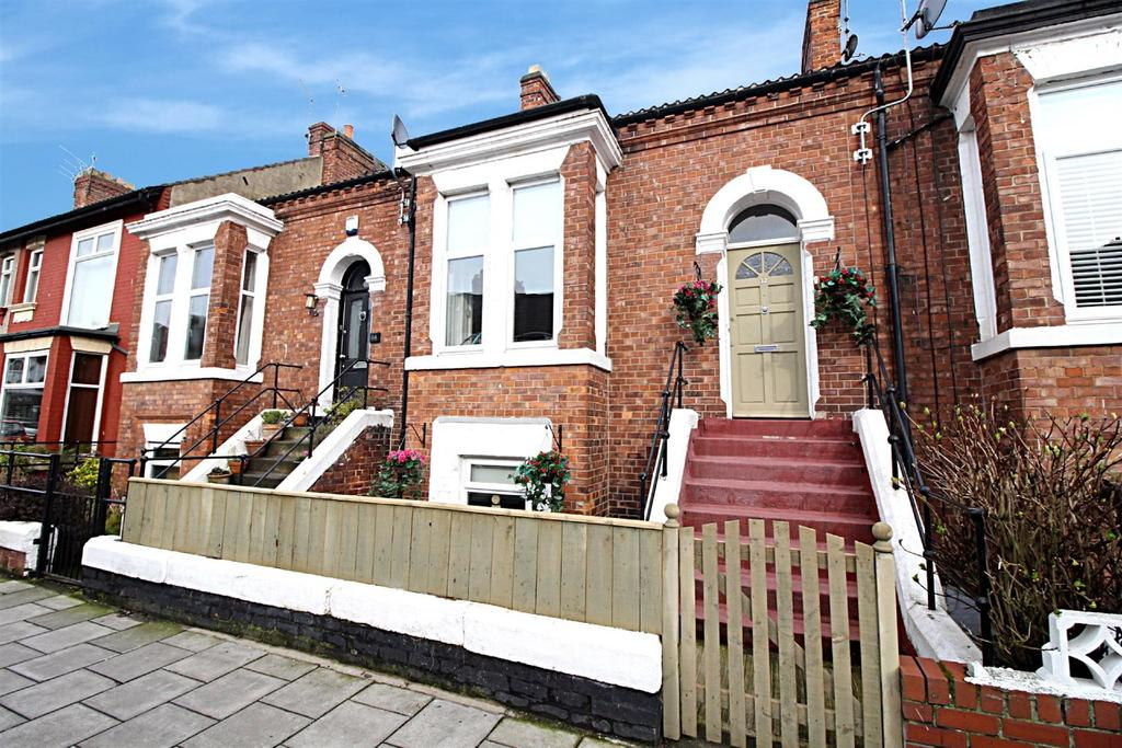 3 Bedrooms Terraced House for sale in Victoria Terrace, Whitley Bay