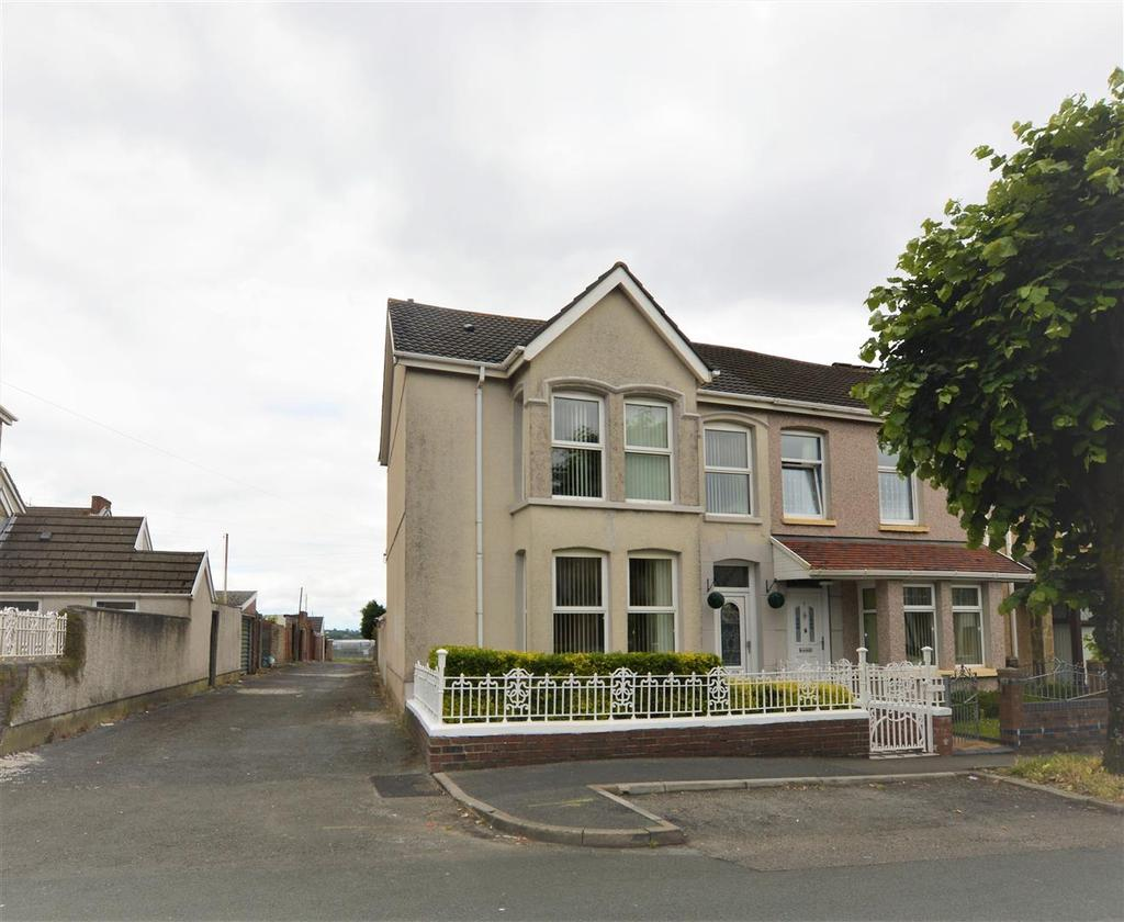 4 Bedrooms End Of Terrace House for sale in King Georges Avenue, Llanelli