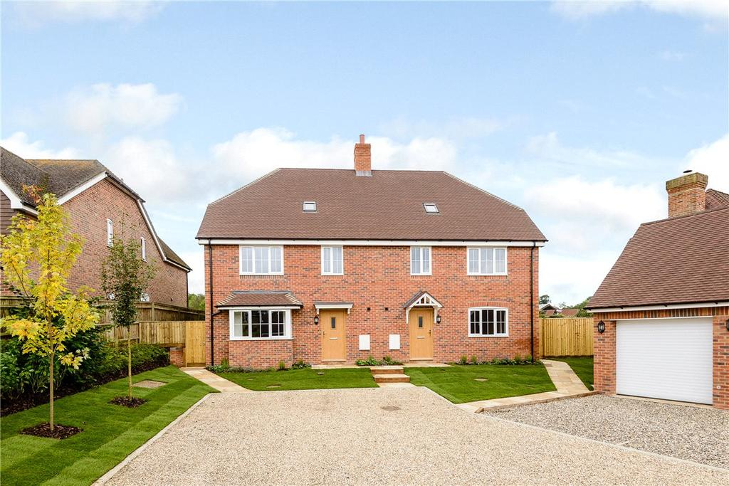 4 Bedrooms Semi Detached House for sale in Cold Ash Hill, Cold Ash, Thatcham, Berkshire, RG18