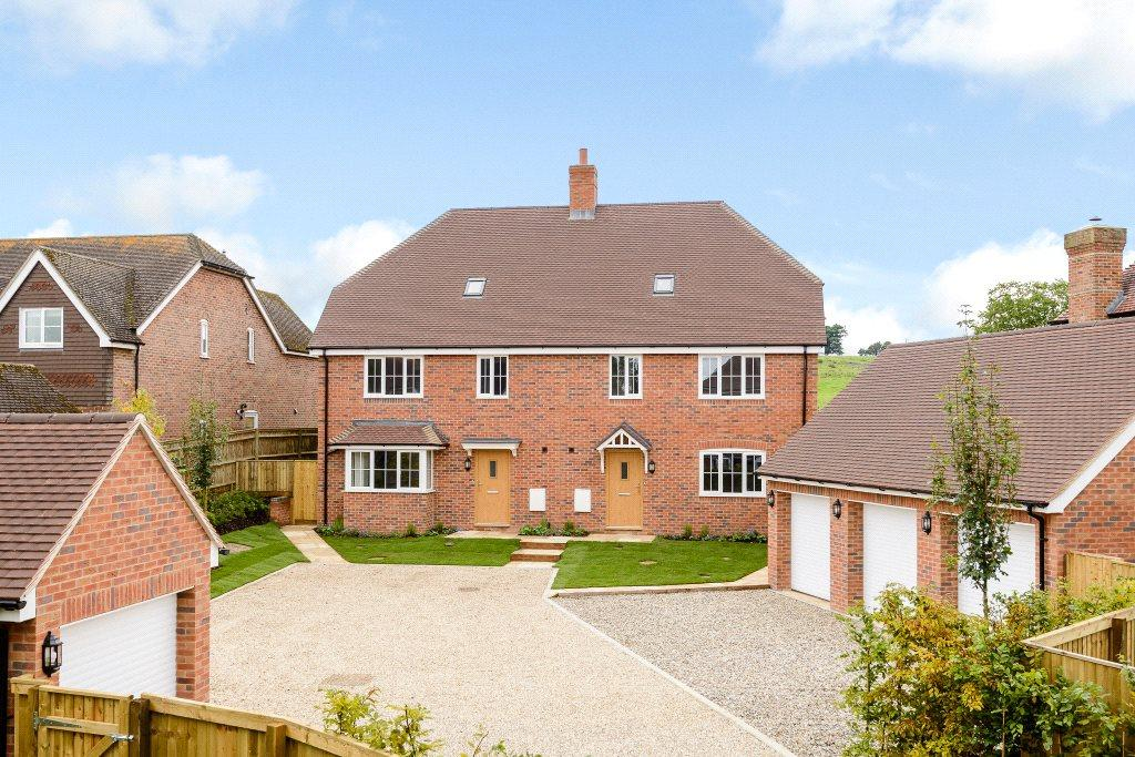 4 Bedrooms House for sale in Cold Ash Hill, Cold Ash, Thatcham, Berkshire, RG18