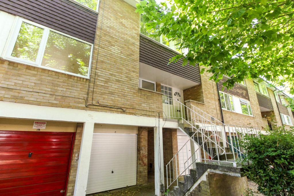 3 Bedrooms Terraced House for sale in Goldings Crescent, Hatfield, AL10