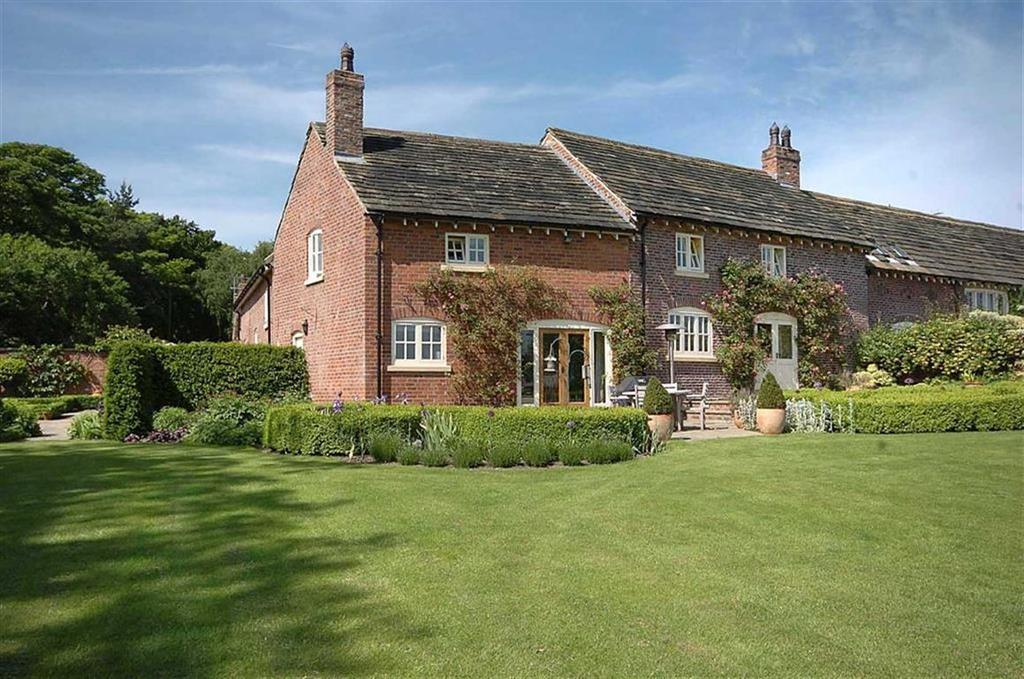 4 Bedrooms Barn Conversion Character Property for sale in Greendale Lane, Mottram St Andrew