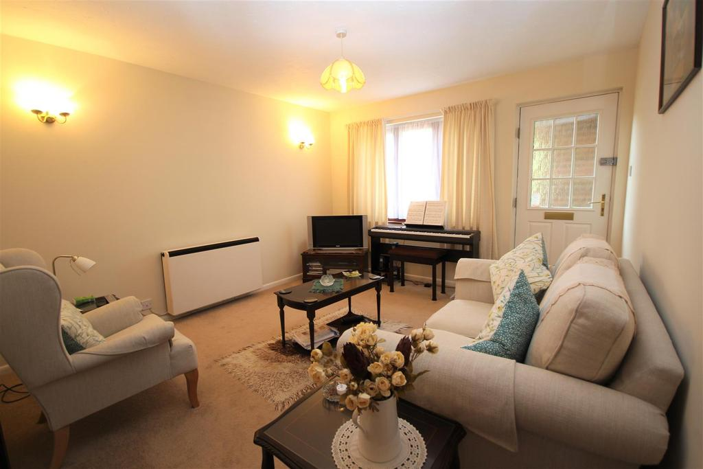 1 Bedroom Maisonette Flat for sale in Gooch Close, Twyford