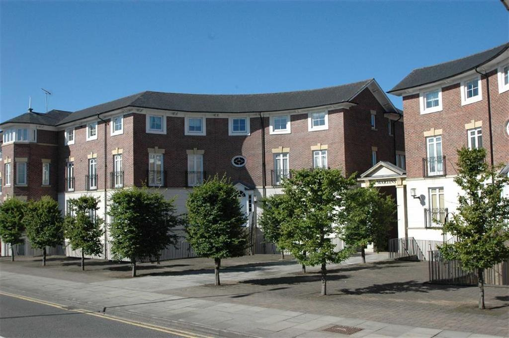 2 Bedrooms Apartment Flat for sale in Sens Close, Chester
