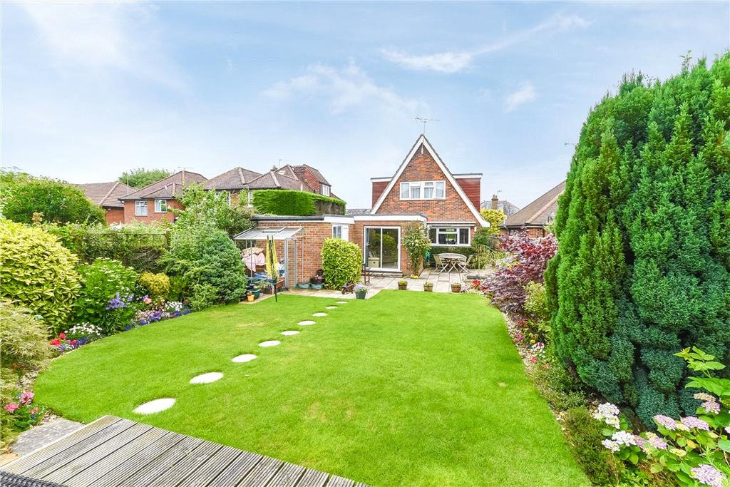 3 Bedrooms Detached House for sale in St. Johns Road, Penn, High Wycombe, Buckinghamshire, HP10