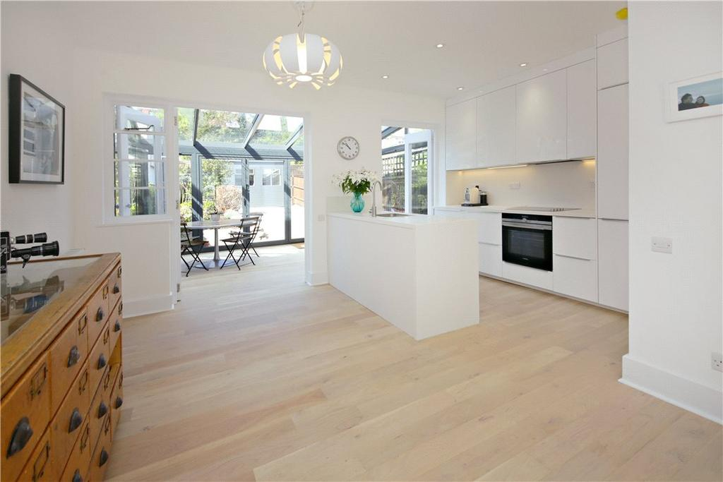 4 Bedrooms Semi Detached House for sale in Parkhill Road, Belsize Park, London, NW3