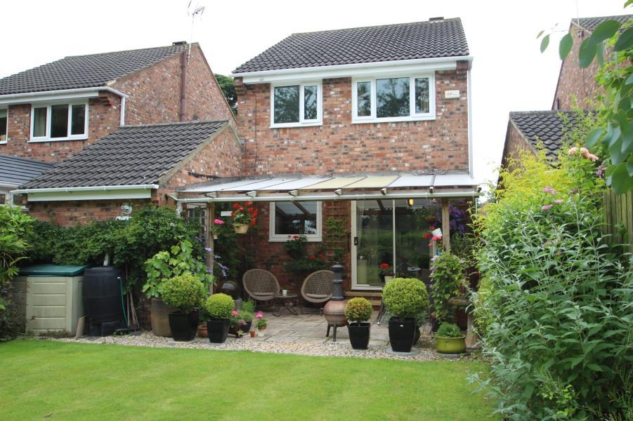3 Bedrooms Detached House for sale in WALTON CHASE, THORP ARCH, WETHERBY, LS23 7RA