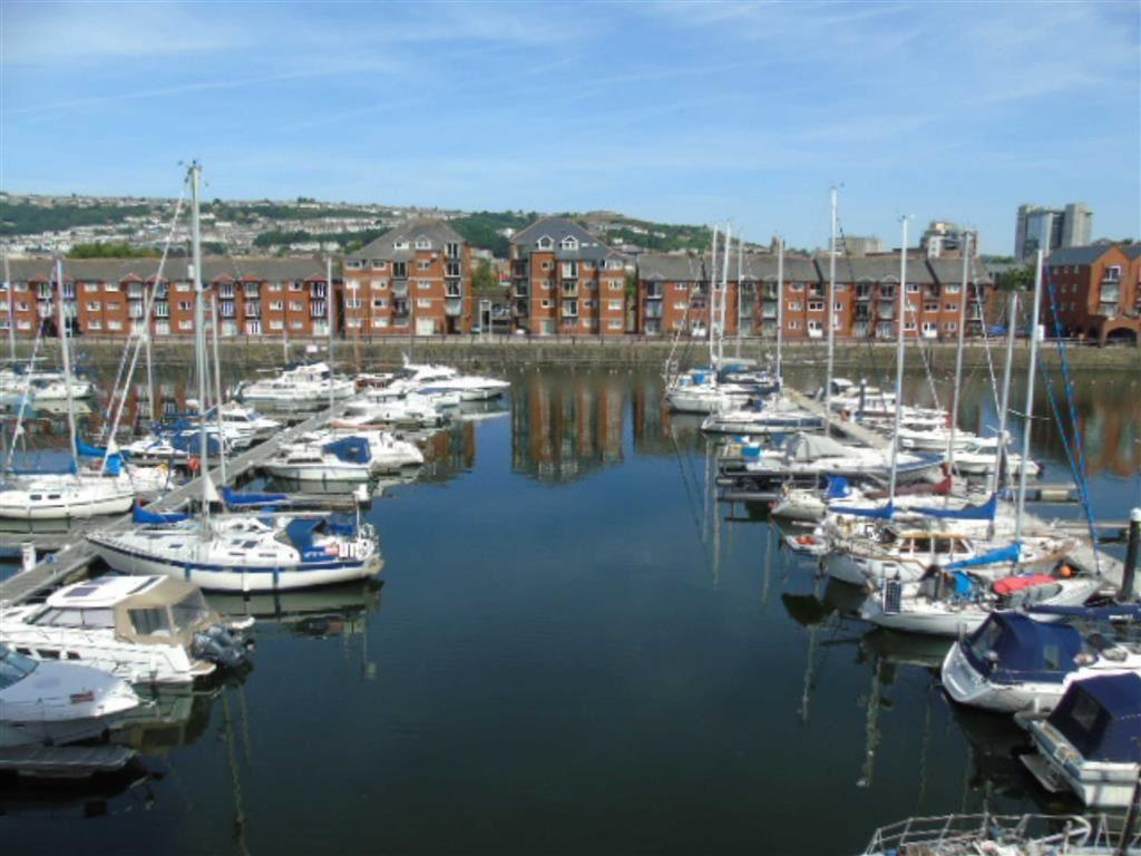 2 Bedrooms Apartment Flat for sale in Meridian Wharf, Trawler Road, Marina