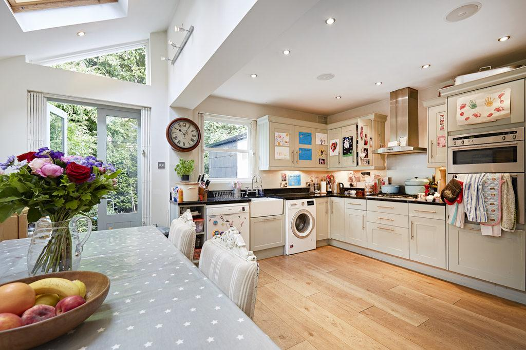 4 Bedrooms Terraced House for sale in Godolphin Road, Shepherd's Bush, London, W12