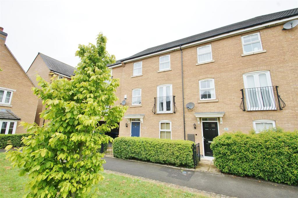 4 Bedrooms Town House for sale in Crackthorne Drive, Coton Park, Rugby