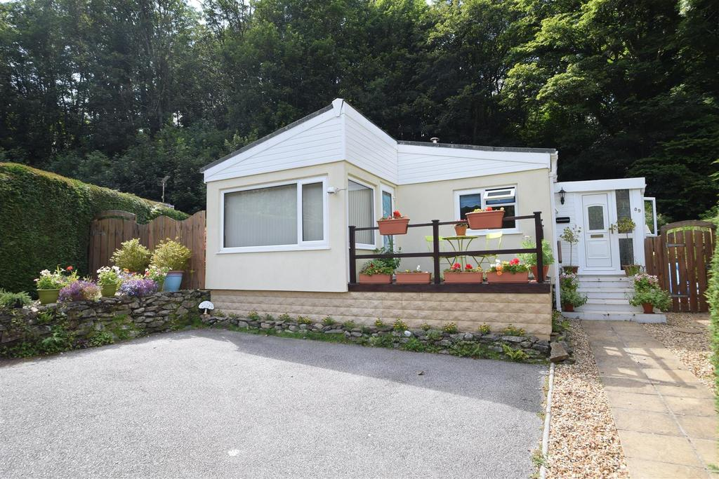 2 Bedrooms Detached Bungalow for sale in Perranarworthal, Truro