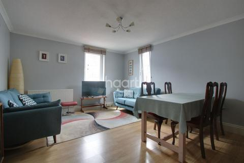 2 bedroom flat for sale - Stillman Court, The Barbican