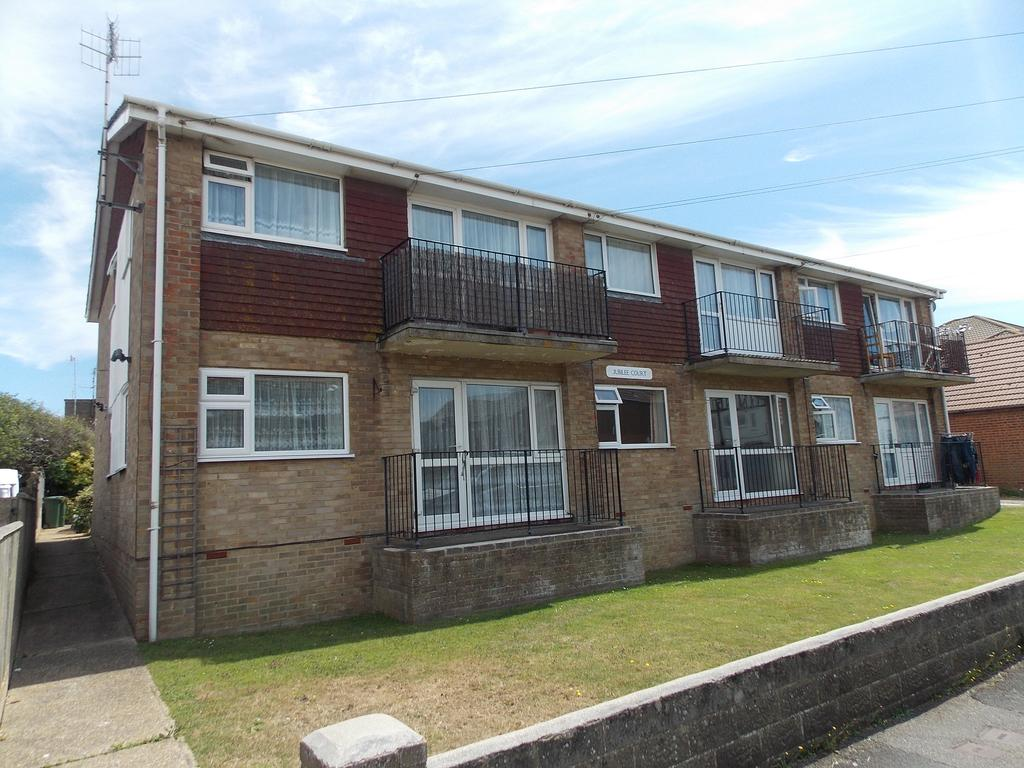 1 Bedroom Ground Flat for sale in Cavell Aveune, Peacehaven, East Sussex