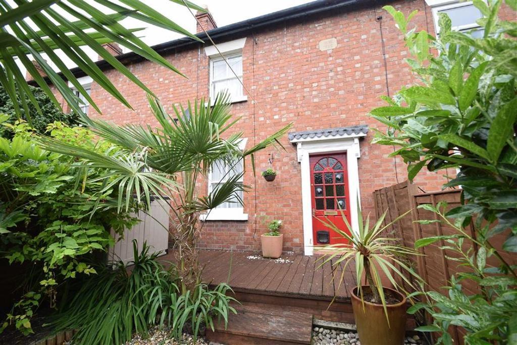 2 Bedrooms Terraced House for sale in Albafont Terrace, Castlefields, Shrewsbury