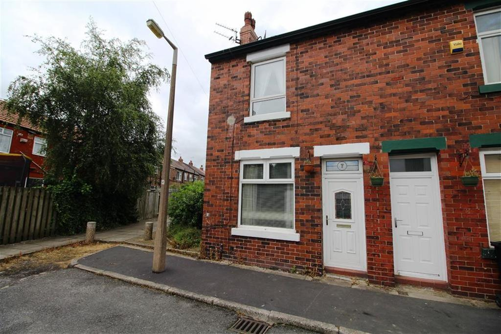 2 Bedrooms End Of Terrace House for sale in Ashford Avenue, Reddish, Stockport