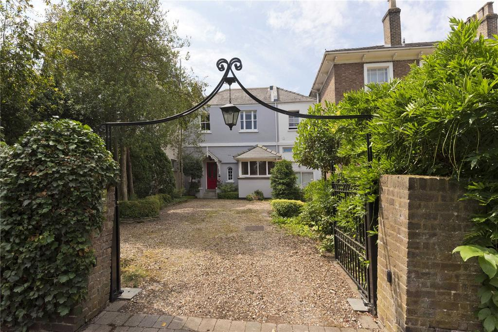 3 Bedrooms Terraced House for sale in Palace Road, East Molesey, Surrey, KT8