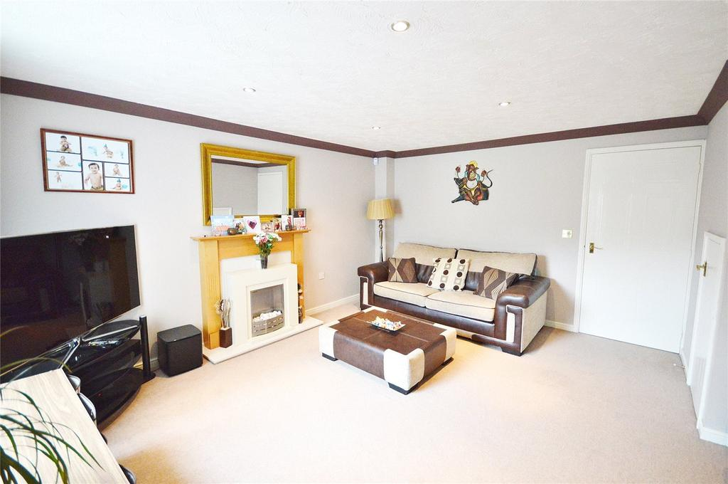 3 Bedrooms End Of Terrace House for sale in Sunderland Grove, Leavesden, Hertfordshire, WD25