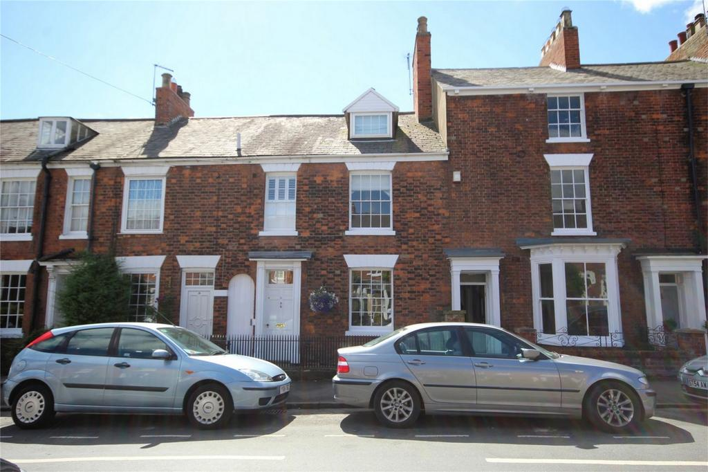 4 Bedrooms Terraced House for sale in Westwood Road, Beverley, East Riding of Yorkshire