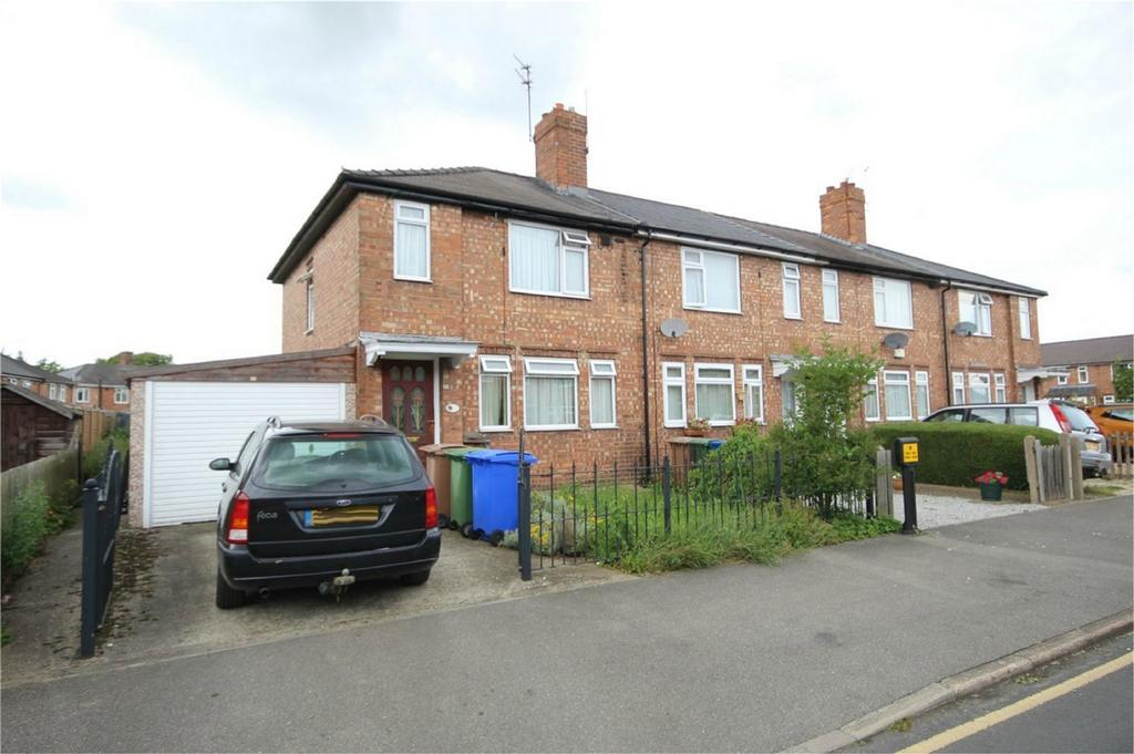 3 Bedrooms End Of Terrace House for sale in Kings Square, Beverley, East Riding of Yorkshire