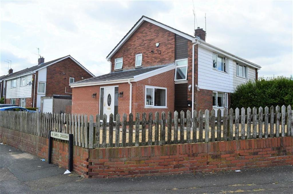 2 Bedrooms Semi Detached House for sale in Gendros Avenue East, Swansea, SA5