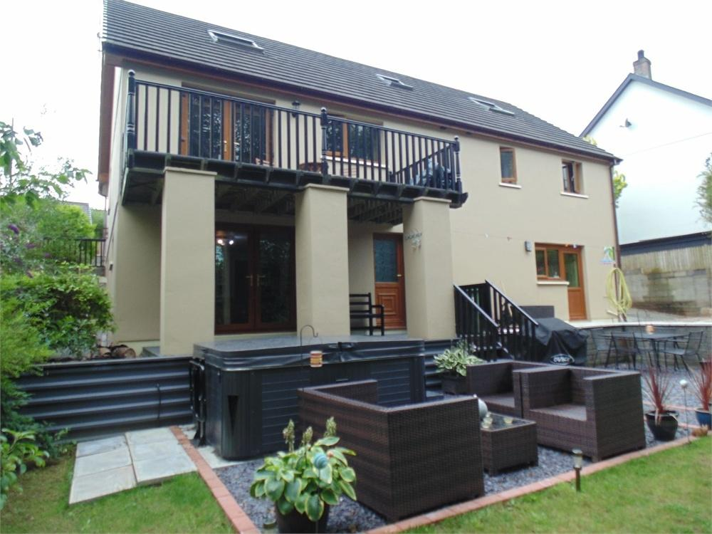 5 Bedrooms Detached House for sale in 7 Liddeston Valley, Hubberston, Milford Haven, Pembrokeshire
