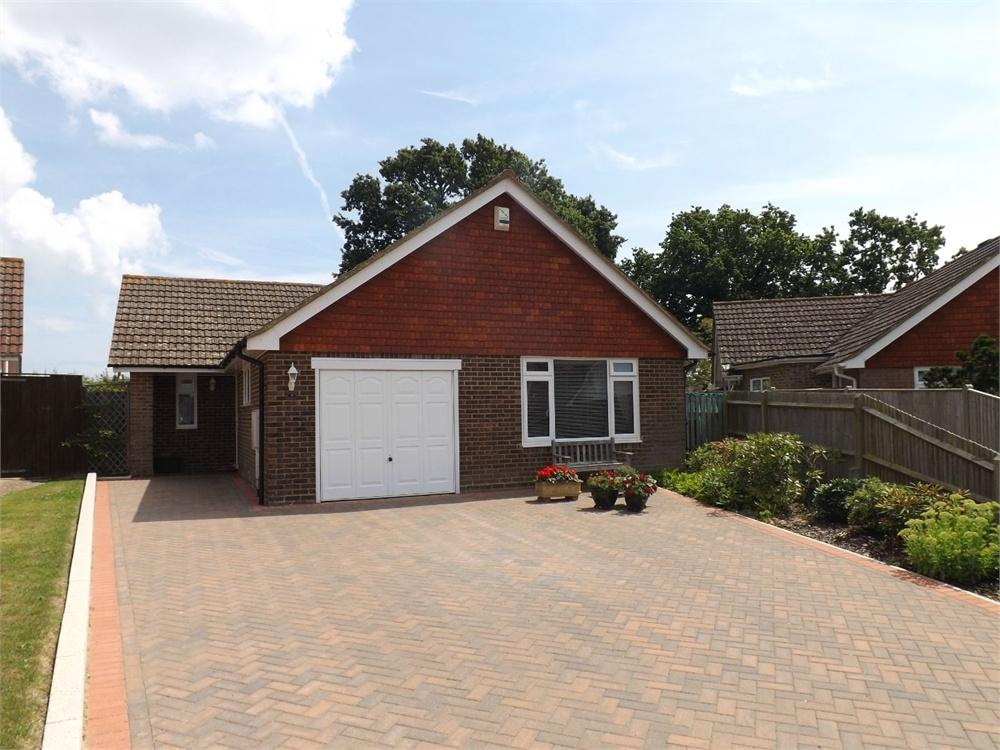 2 Bedrooms Detached Bungalow for sale in Concorde Close, Bexhill-on-Sea, East Sussex