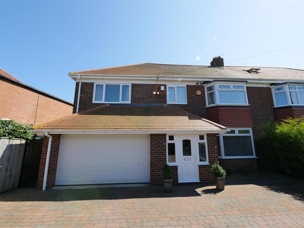 4 Bedrooms Semi Detached House for sale in Summerhill, East Herrington, Sunderland