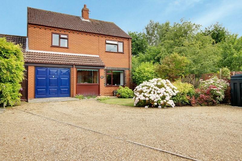 3 Bedrooms Detached House for sale in The Moor, Reepham, Norwich