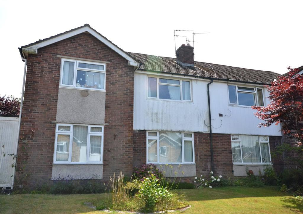 2 Bedrooms Maisonette Flat for sale in Manitoba Close, Cyncoed, Cardiff, CF23