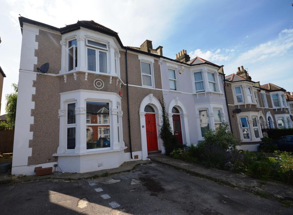2 Bedrooms Flat for sale in Hafton Road London SE6