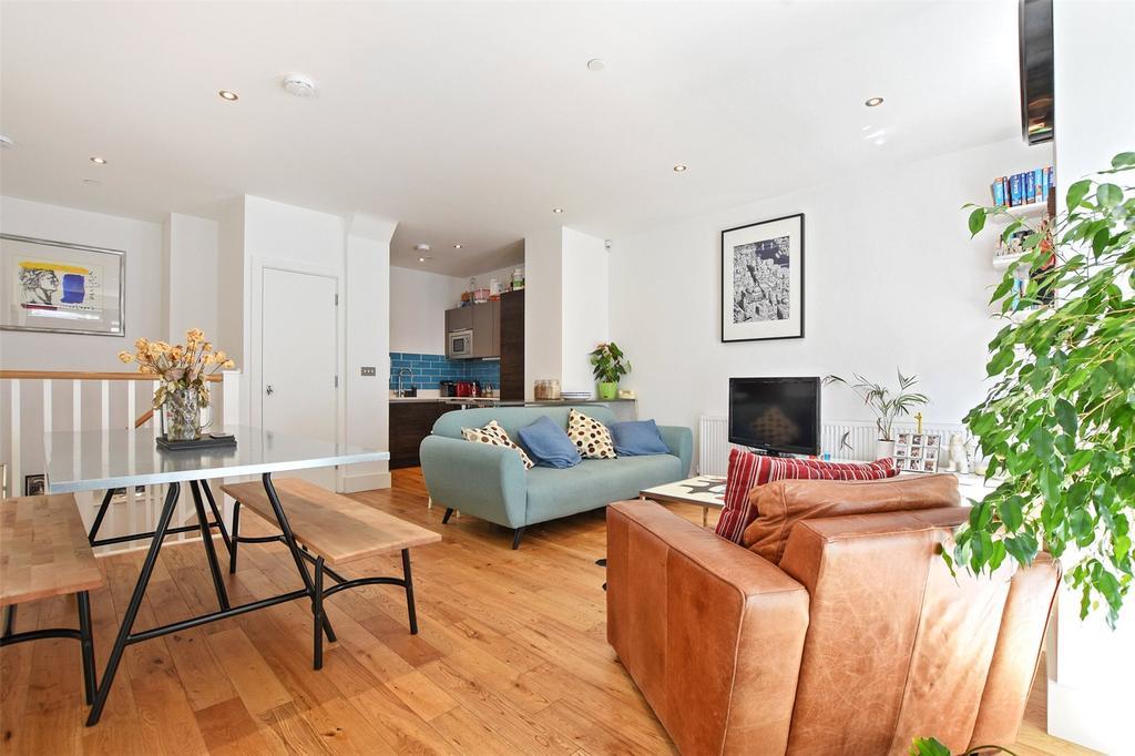 2 Bedrooms Flat for sale in Balmes Road, London, N1