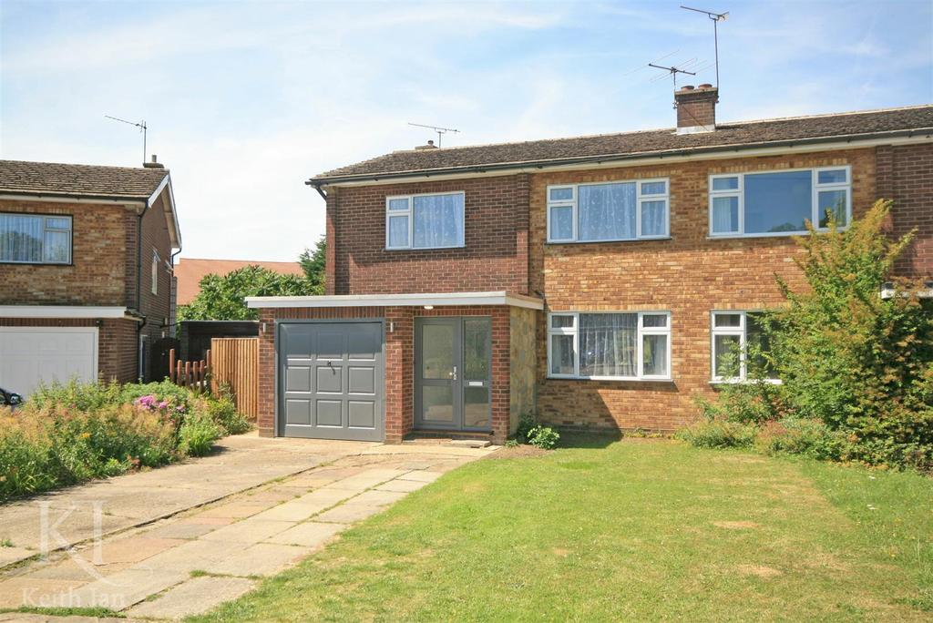 4 Bedrooms Semi Detached House for sale in Linwood Road, Ware